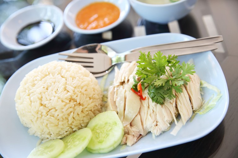 Thai food steamed chicken with rice