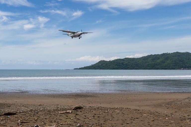 Local airline Sansa, Tambor, Costa Rica | © Wollertz/Shutterstock