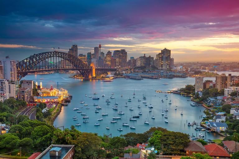 Sydney cityscape © Rudy Balasko : Shutterstock