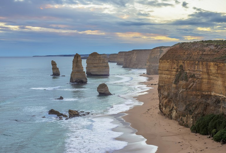 The 12 Apostles on the Great Ocean Road © Lenny K Photography : Flickr