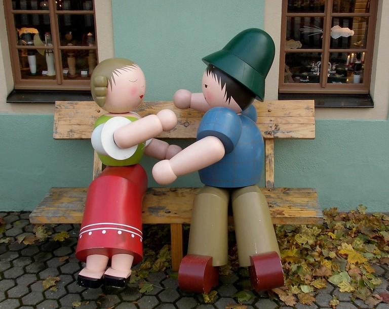 wooden-figures-1009495_960_720