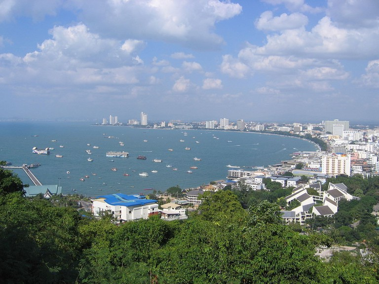 1200px-Pattaya_beach_from_view_point