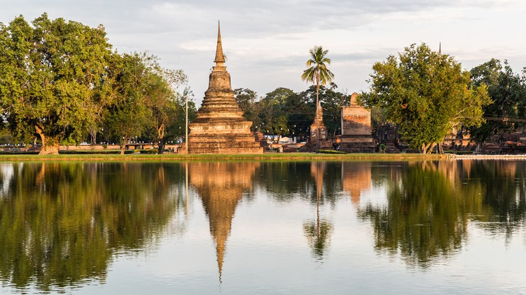 Ruins by the water, Sukhothai