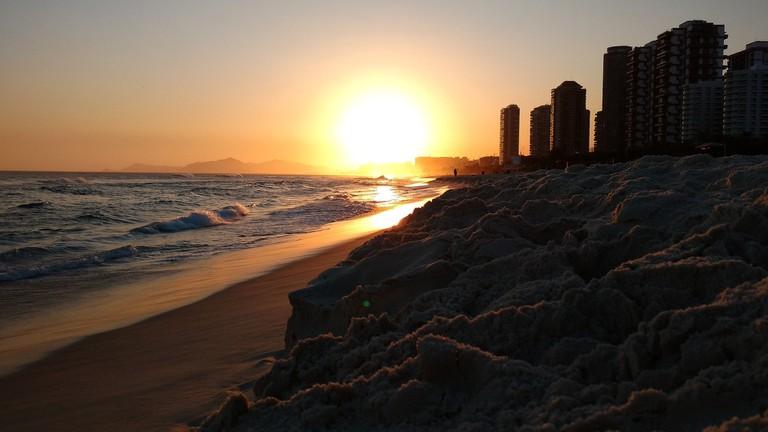 beach-2773561_1920