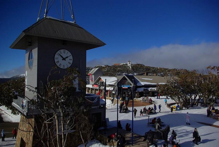 Mount Buller village © Steve Bennett / Wikimedia Commons