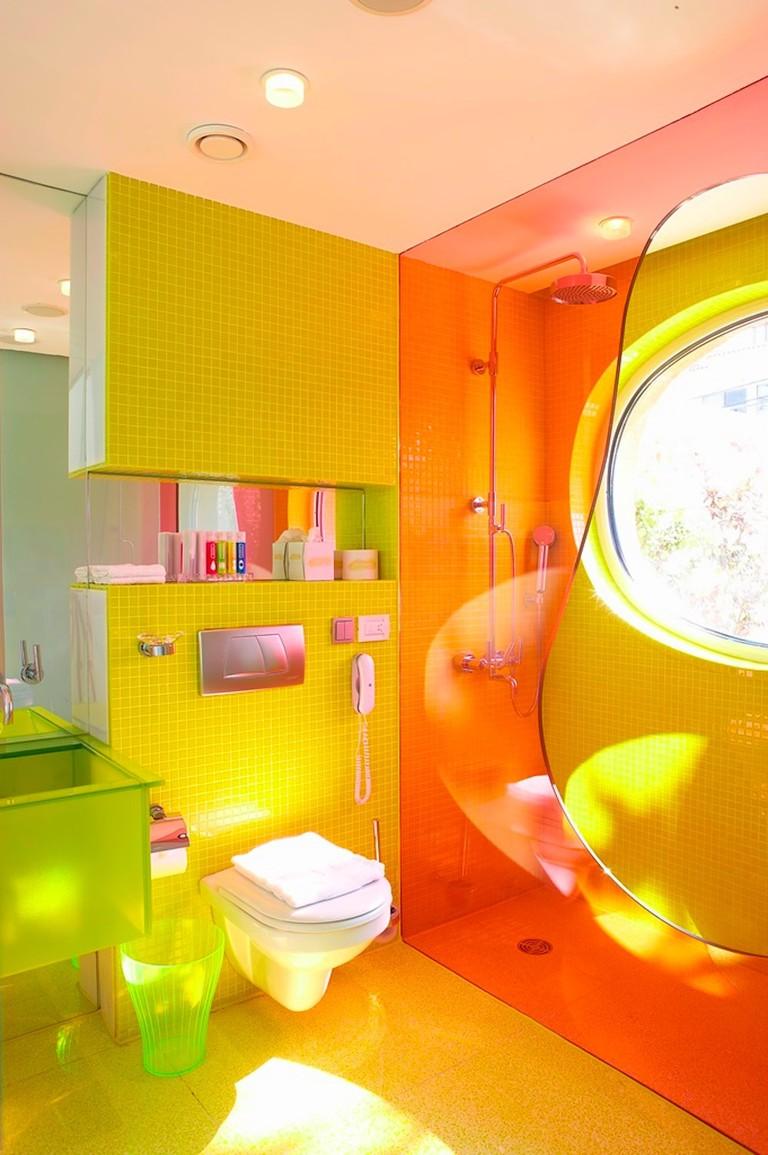 !Semiramis Pool Bungalow's bathroom_J6J1381