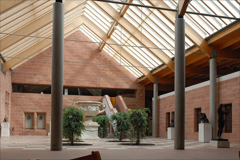 The Burrell Collection in Glasgow © dalbera / Wikimedia Commons