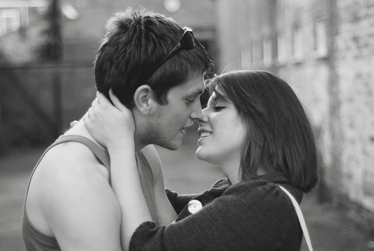 Couple preparing to pash © David Martyn Hunt : Flickr