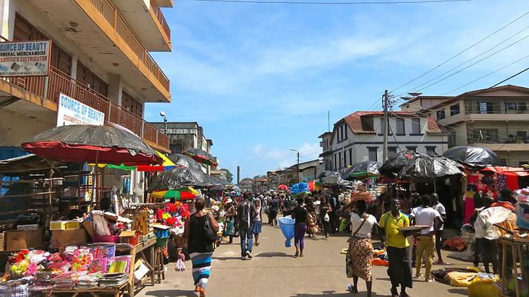 Freetown_street_(13992704238)