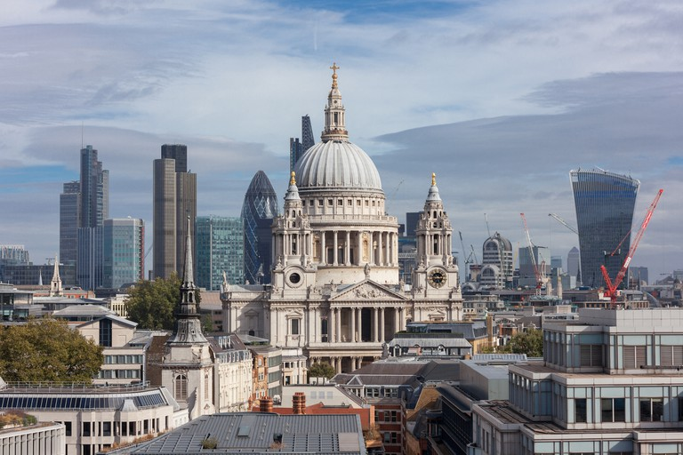 St Paul's at the heart of the City of London Graham Lacdao:St Paul's Cathedral