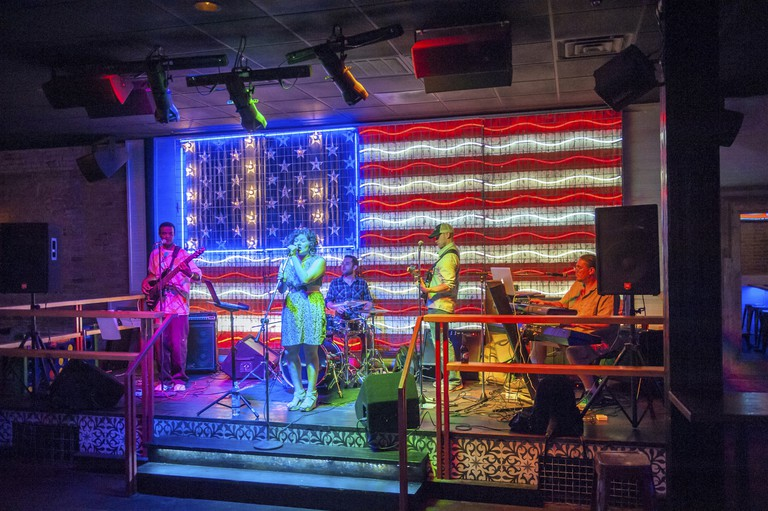 6th street, band playing in bar, Austin, Texas, Usa (Editorial Use Only)