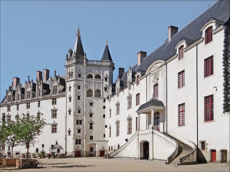 5 Cour interieure du chateau des ducs de Bretagne (Nantes) (7339052946)