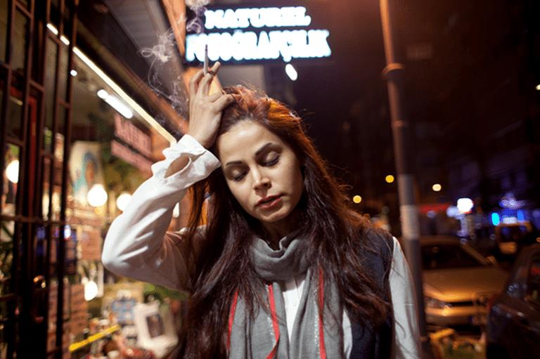 Smoking girl, Osmanbey Istanbul 2014 © Ahmet Polat