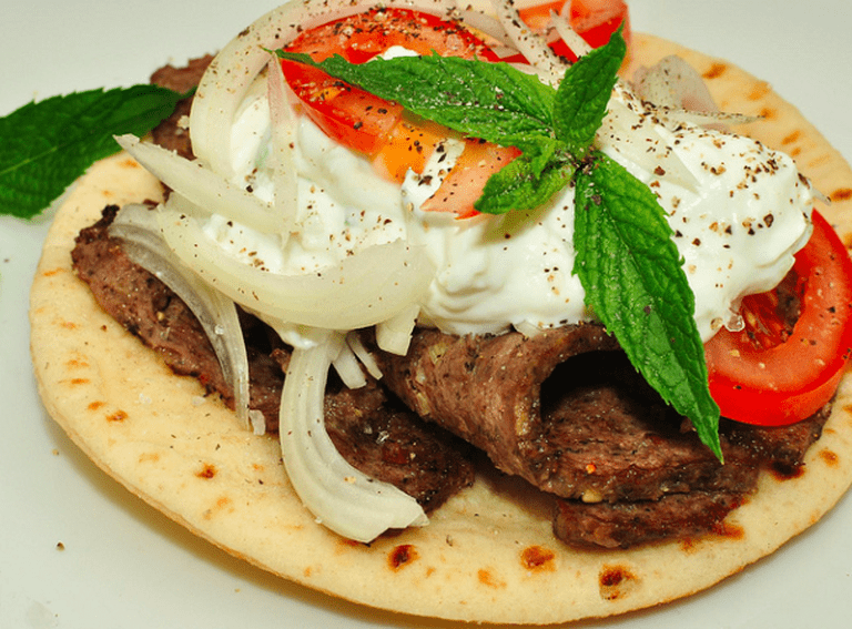 Gyros|©Jeffrey W/Flickr