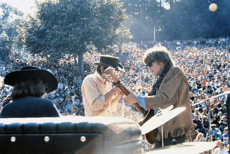 Jefferson Airplane during the Summer of Love © Bryan Costales/Wikipedia