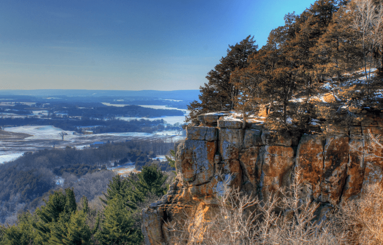 A great landscape view of the bluff at Gibralter Rock on the Ice Age Trail, Wisconsin   Public Domain/Good Free Photos