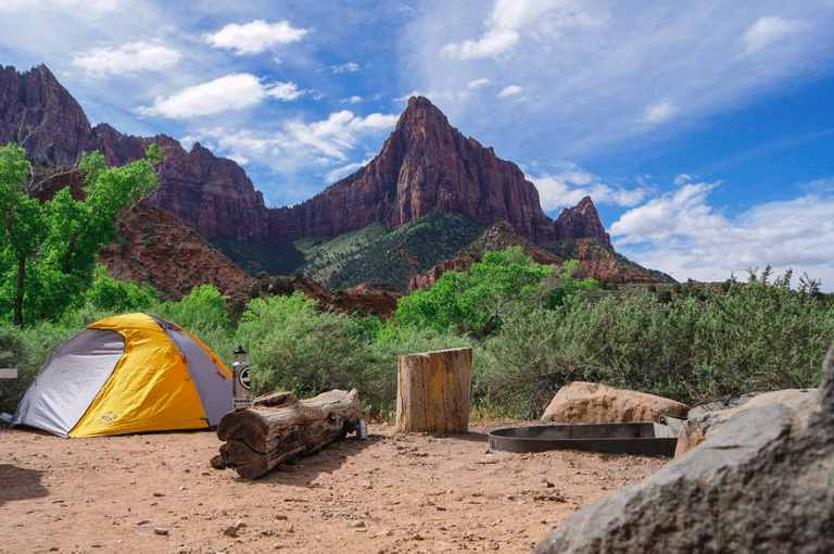 Camping in Zion National Park, Utah | Public Domain/Good Free Photos