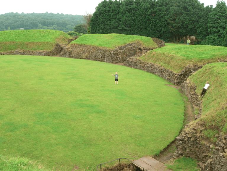 Caerleon Roman Fortress|©Phil Price/Flickr