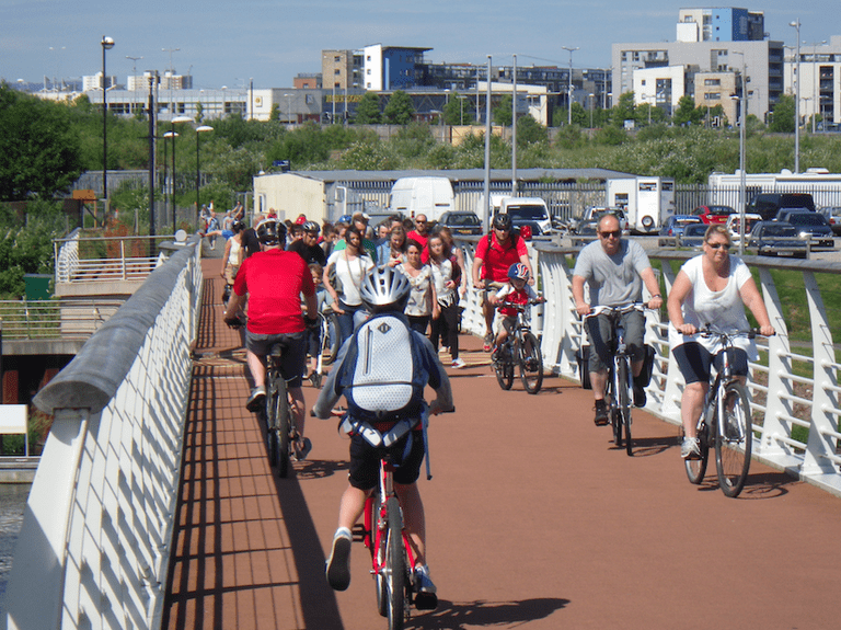 Cardiff Bay cycle trail|©Likeaword/Flickr