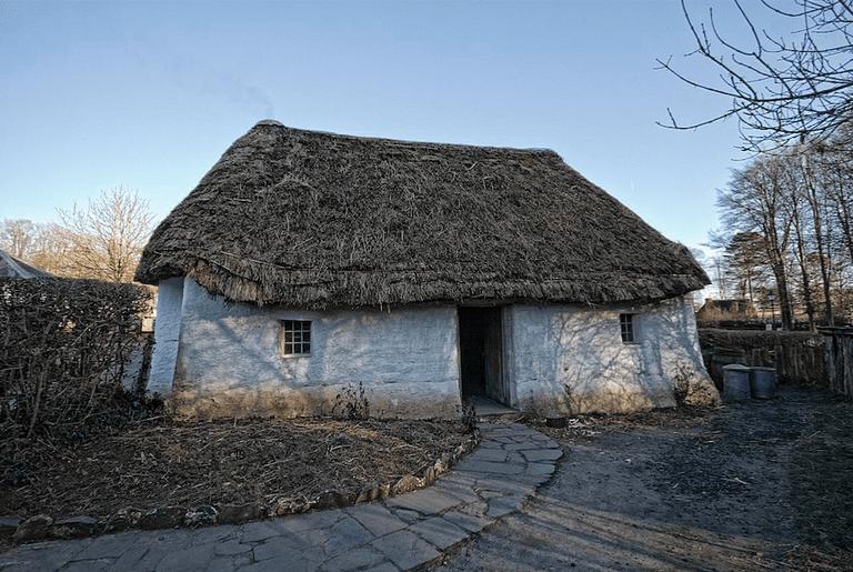 Welsh cottage |©Richard Jones/Flickr