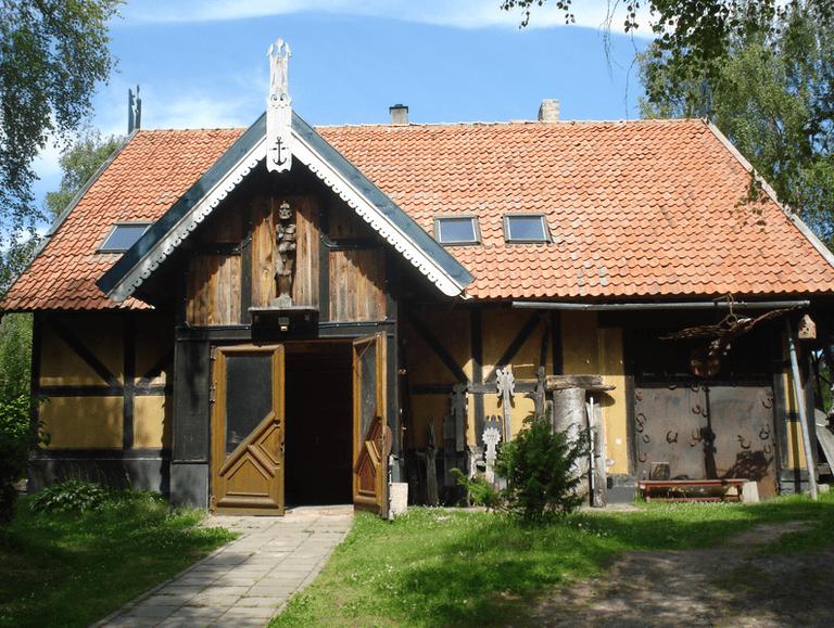 House in the Kopų street, Nida, Lithuania ©Alma Pater/Wikimedia Commons