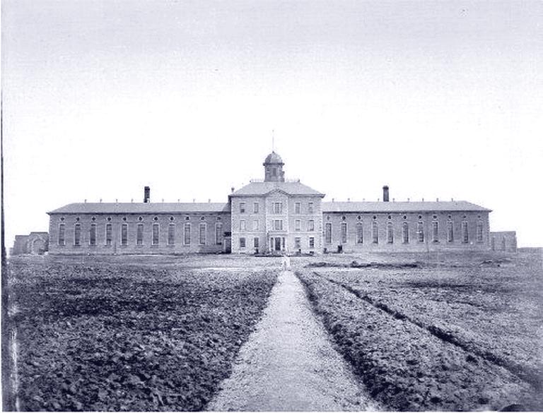 The Toronto Central Prison, taken before 1920 | Public Domain/ WikiCommons