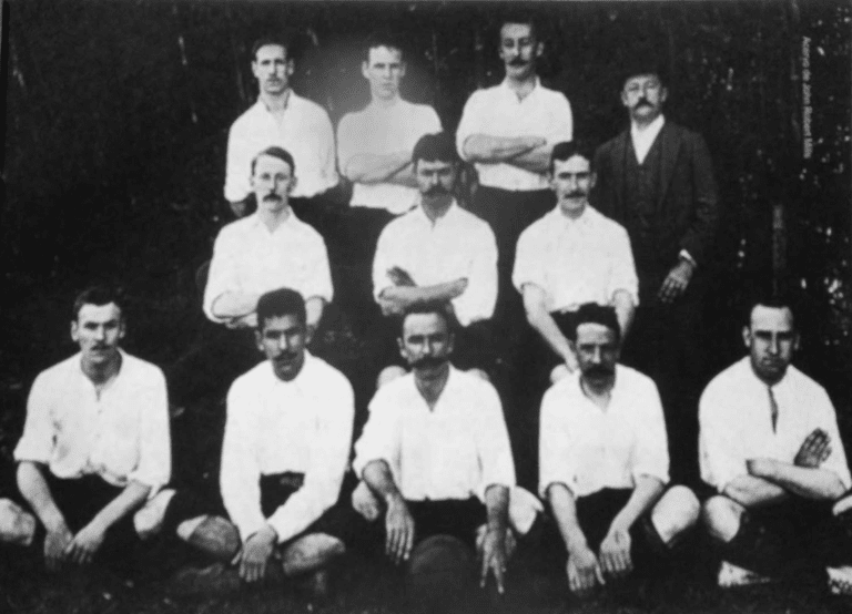 São Paulo Athletic Club, Charles Miller pictured in the center of the front row