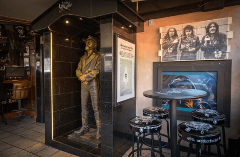 © Lemmy's Lounge