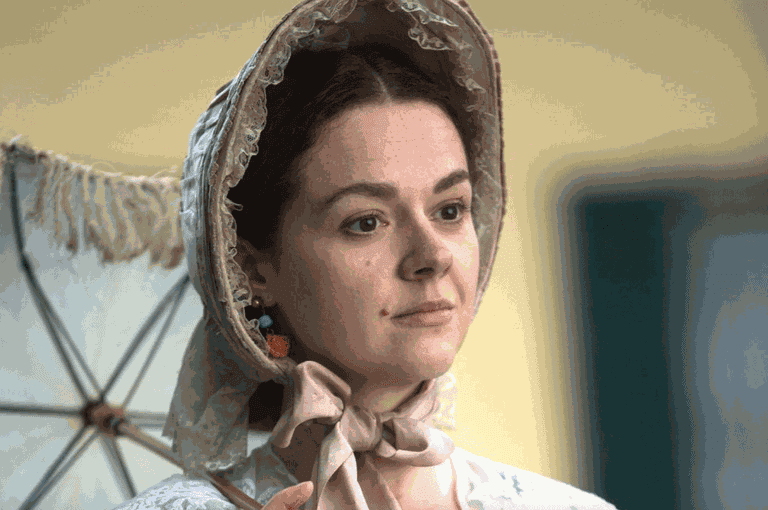 Catherine Bailey in 'A Quiet Passion' | © Music Box Films