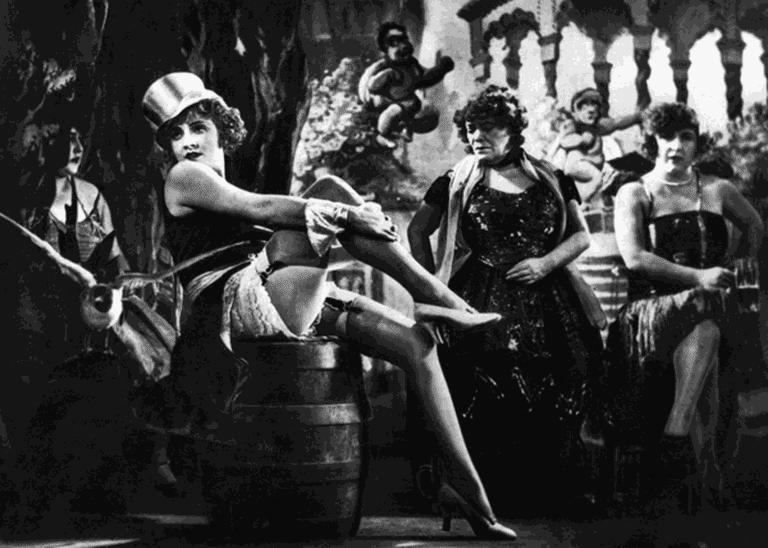Marlene_Dietrich_in_The_Blue_Angel