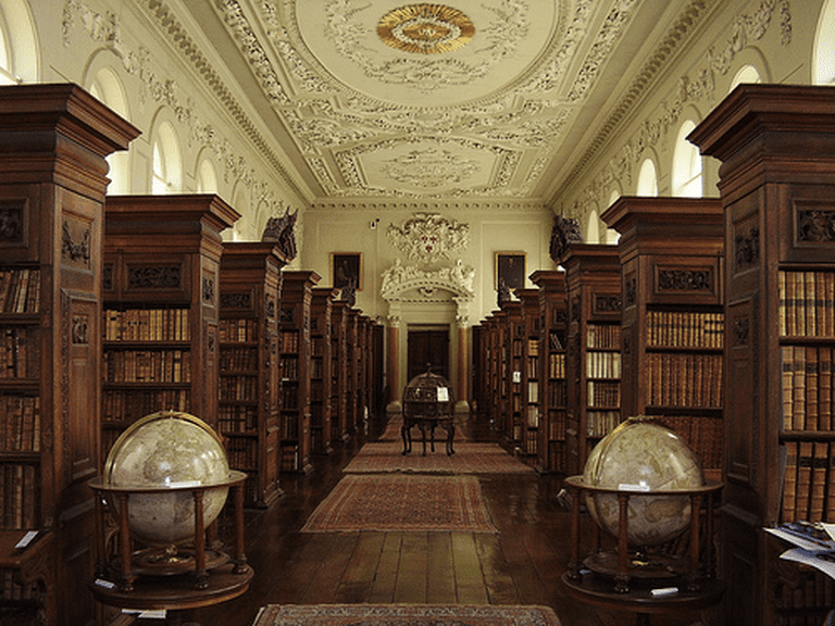 interior of Queen's Library © The Queen's College