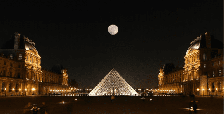 Light on the Louvre | © photophilde/Flickr