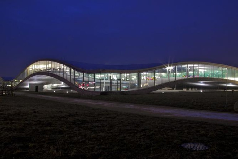 Rolex Learning Center by night
