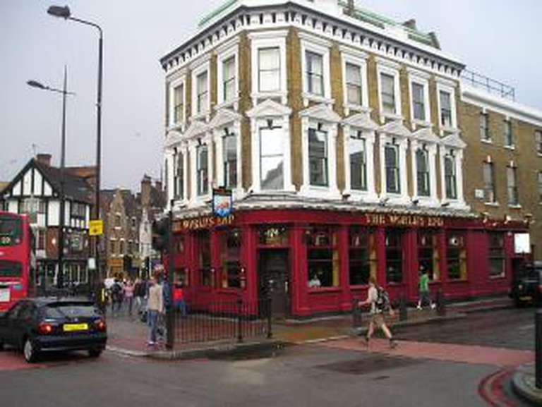 London Pub Crawls and Walks
