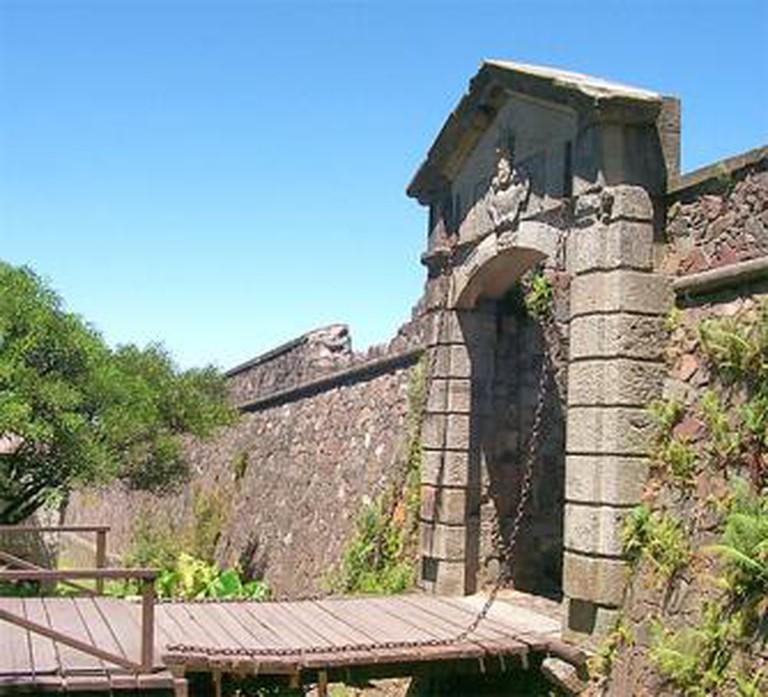 City gate (Portón de Campo)