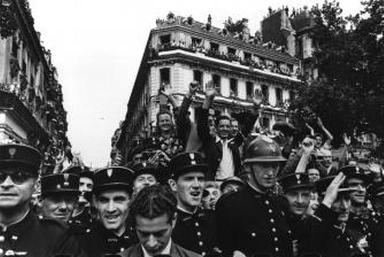 Liberation of Paris, 26th August 1944 © Robert Capa Magnum Photos