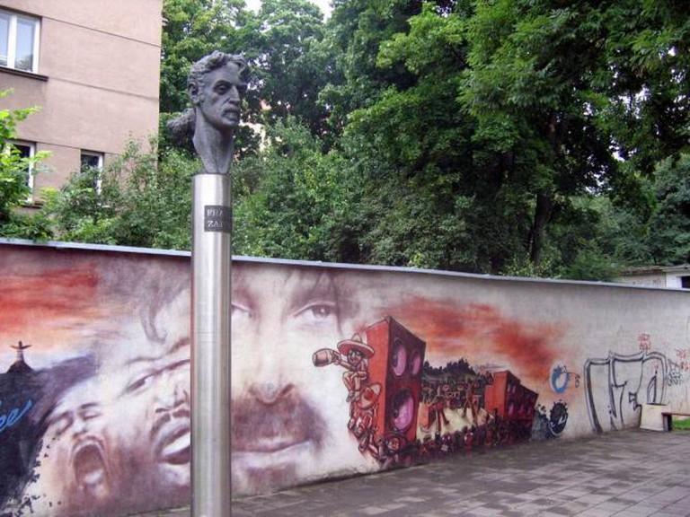 Frank Zappa head