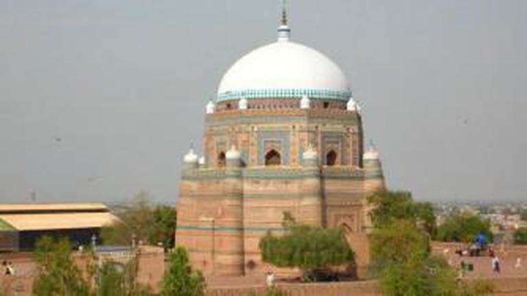 Tomb of Hazrat Rukn-e-Alam