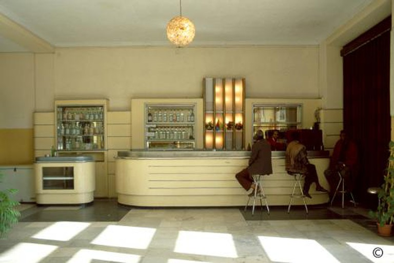 Odeon Bar Asmara © Edward Denison