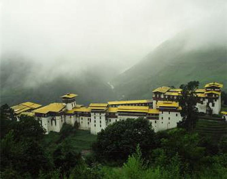Chökhor Raptentse Dzong at Trongsa, Bhutan in the clouds