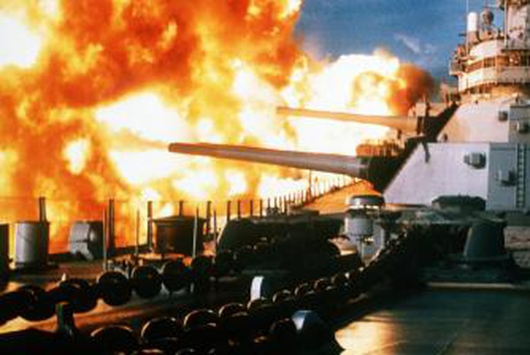 USS New Jersey firing in Beirut, 1984