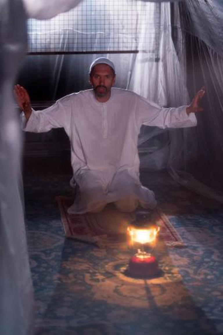 Paul Bazely (Abbajaan), The Djinn of Eidgah, 2013 | Photo by Manuel Harlan/Royal Court Theatre