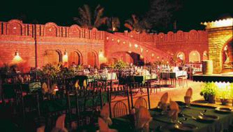 Lal Qila Restaurant Karachi