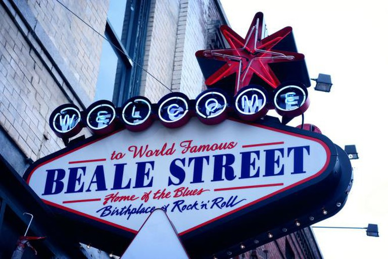Beale Street sign