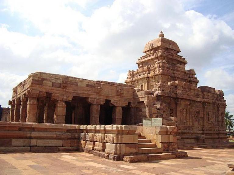 Chalukya architecture