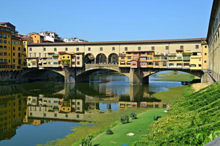 Journey south across the Ponte Vecchio to try these delicious restaurants | © Blmiers2/Flickr