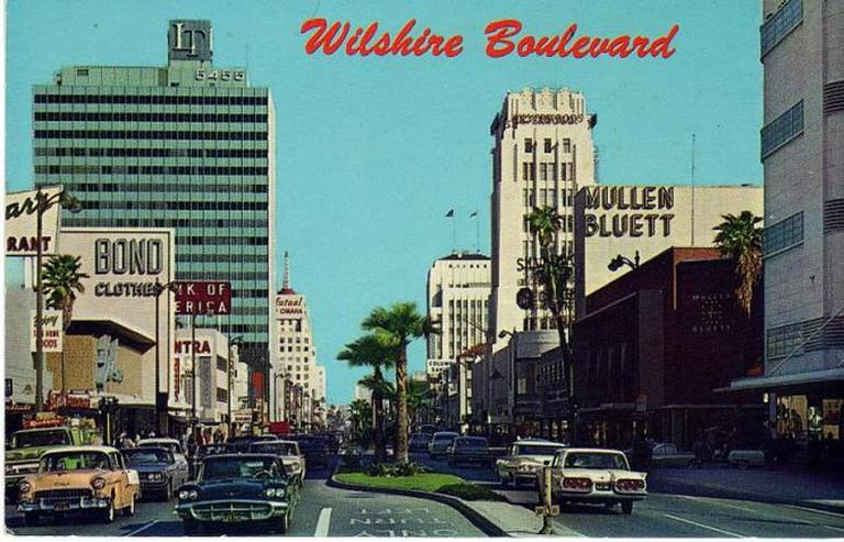 Wilshire Boulevard Postcard (1960s) | © Ellis Sawyer/WikiCommons