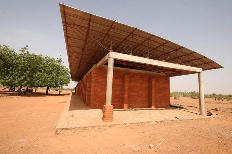 Kéré Primary School, Gando | © Schulbausteine/ WikiCommons