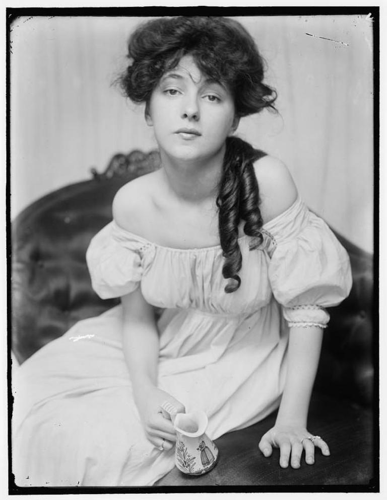 Gertrude Käsebier, Evelyn Nesbit, 1900