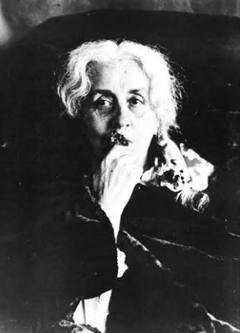 Mrs. Victor Tournachon (Mrs. Nadar) photographed by Félix Nadar
